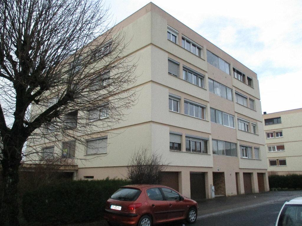 Achat Appartement 5 pièces à Belleville-sur-Meuse - vignette-3