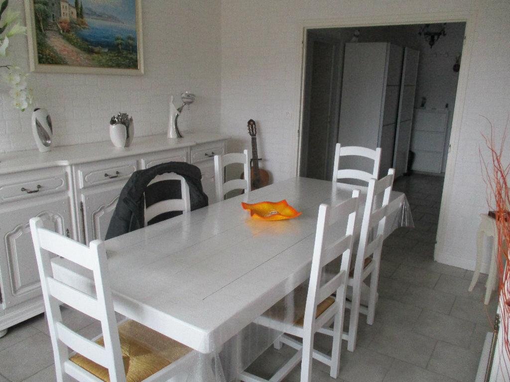 Achat Appartement 4 pièces à Belleville-sur-Meuse - vignette-5