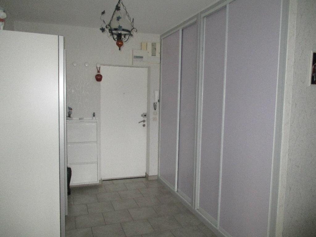 Achat Appartement 4 pièces à Belleville-sur-Meuse - vignette-8