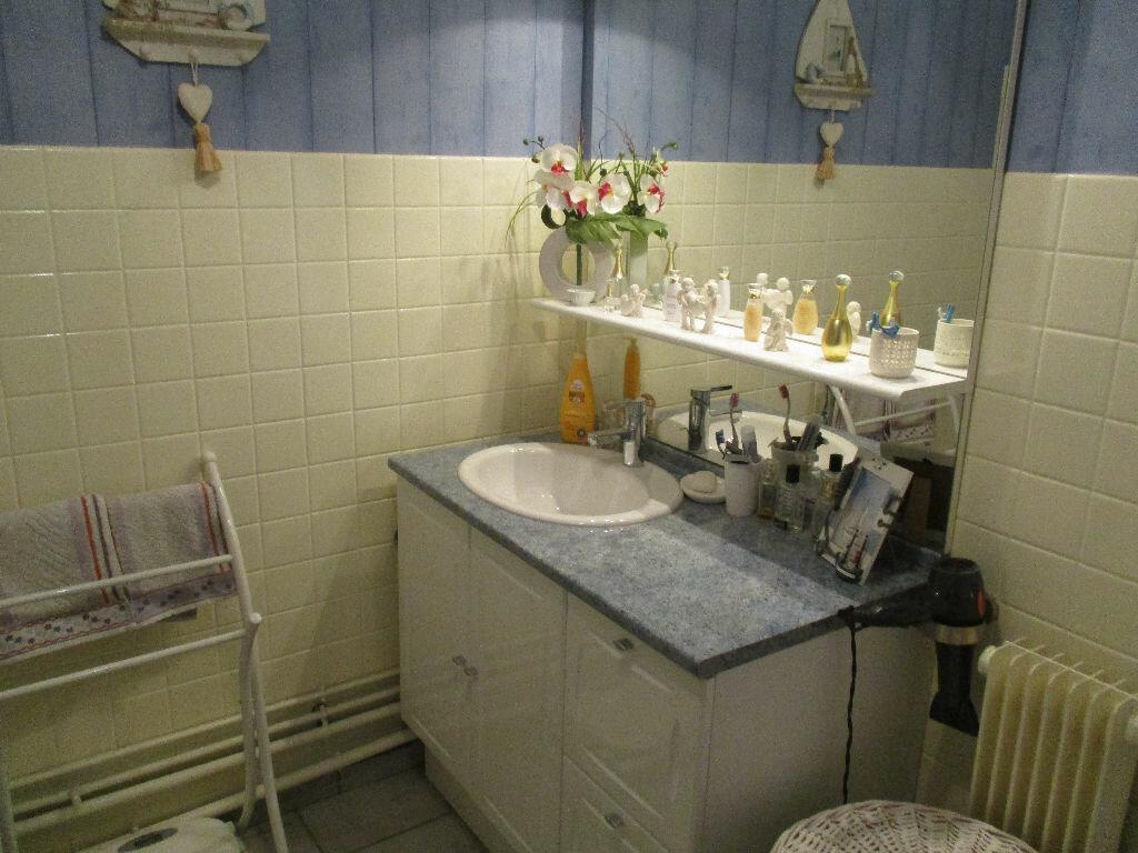 Achat Appartement 4 pièces à Belleville-sur-Meuse - vignette-12