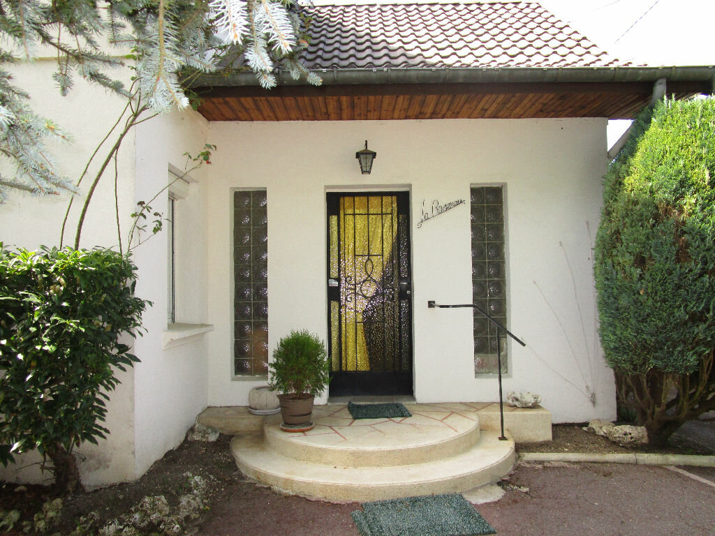 Achat Maison 4 pièces à Thierville-sur-Meuse - vignette-1