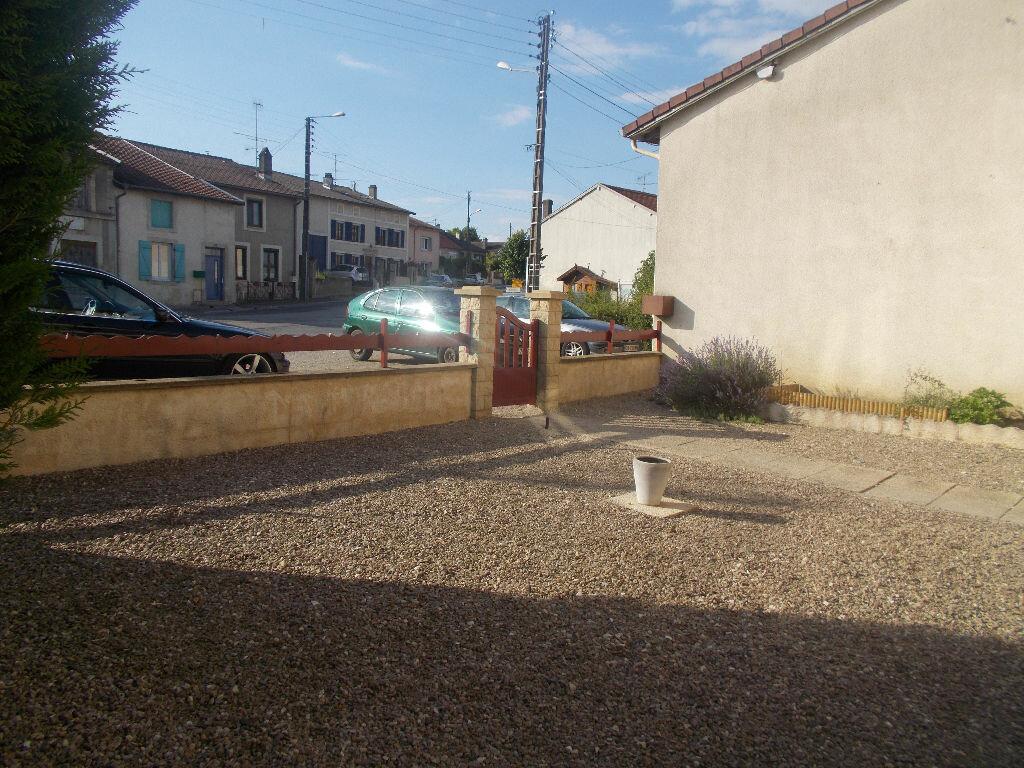 Achat Maison 5 pièces à Dugny-sur-Meuse - vignette-16