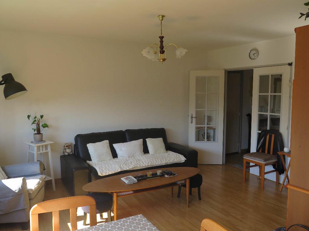 Achat Appartement 3 pièces à Lille - vignette-3