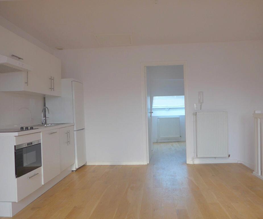 Achat Appartement 4 pièces à Lille - vignette-1