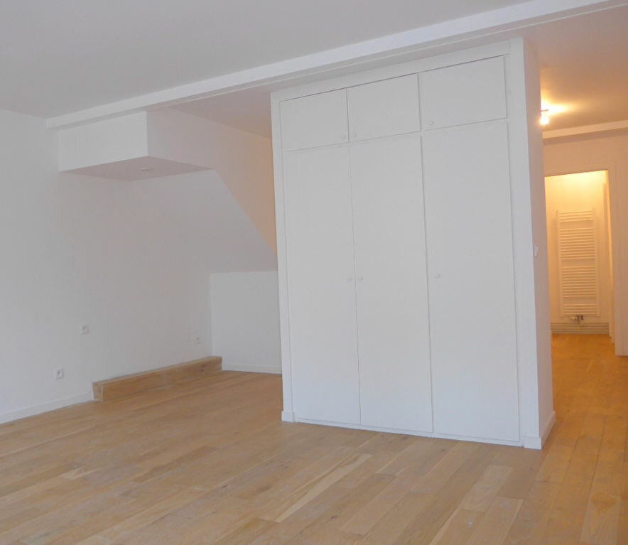 Achat Appartement 4 pièces à Lille - vignette-4