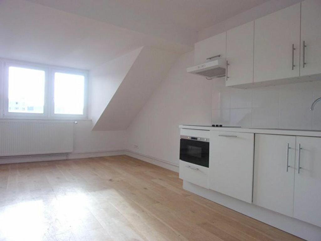 Achat Appartement 4 pièces à Lille - vignette-11