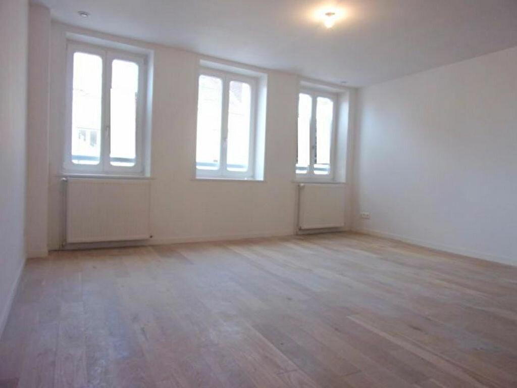 Achat Appartement 4 pièces à Lille - vignette-13