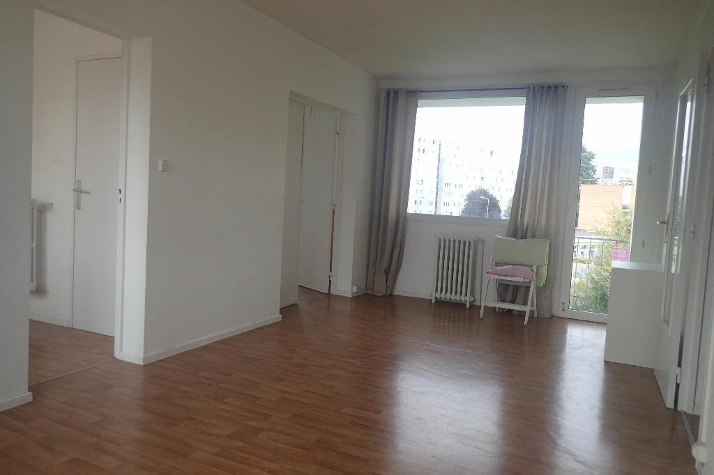 Achat Appartement 3 pièces à Villeneuve-d'Ascq - vignette-1