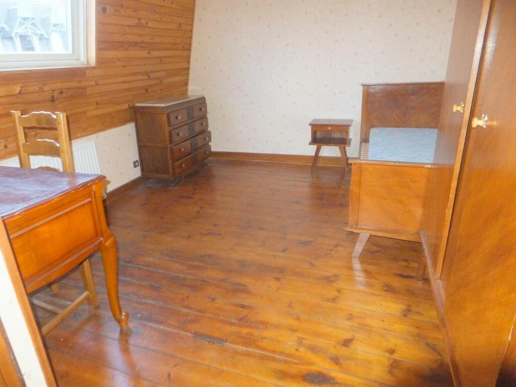 Location Appartement 1 pièce à Mons-en-Baroeul - vignette-1