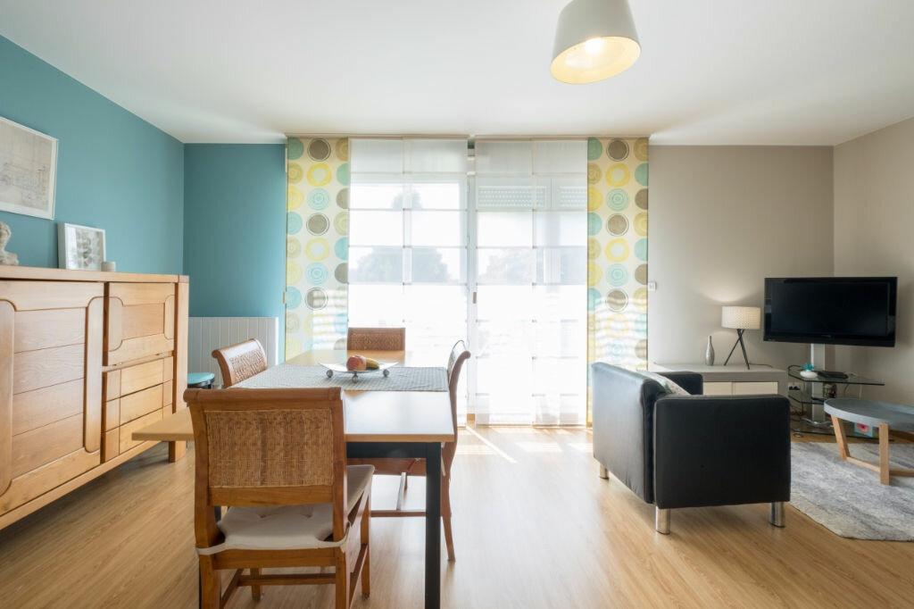 Achat Appartement 4 pièces à Mons-en-Baroeul - vignette-2