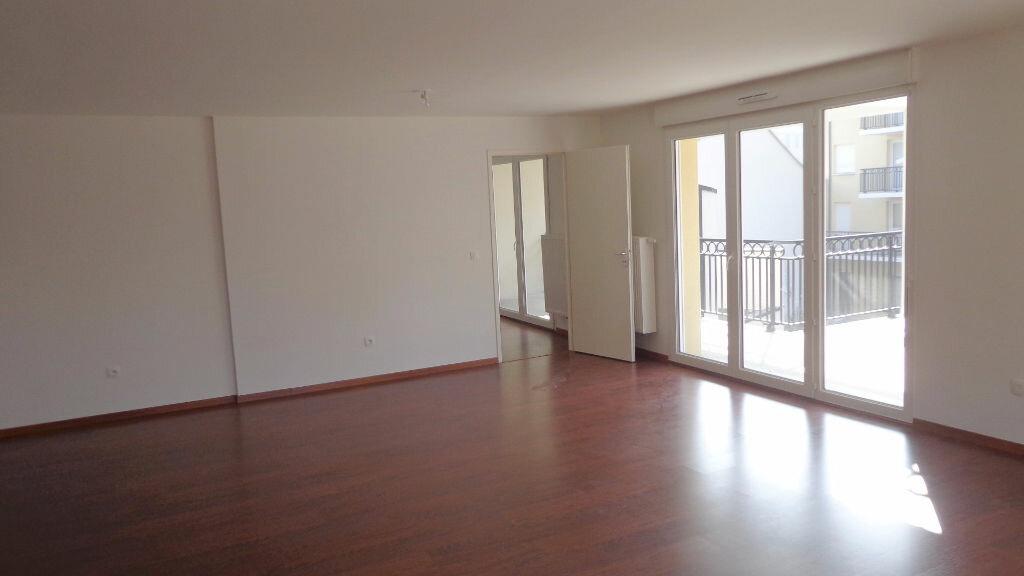 Achat Appartement 3 pièces à Lille - vignette-2