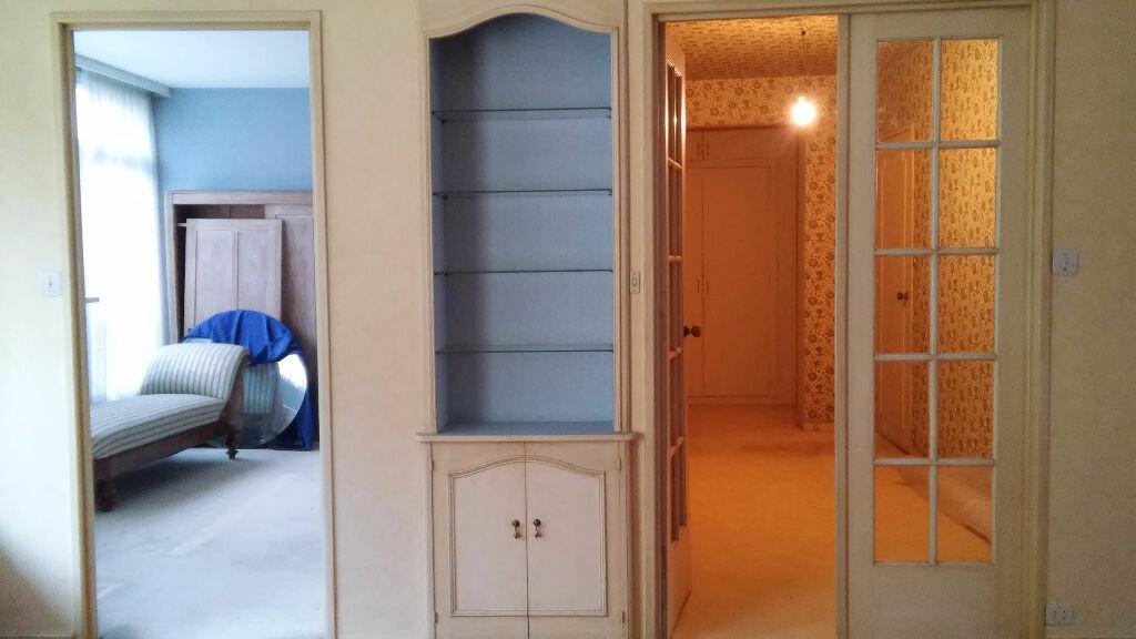 Achat Appartement 4 pièces à Roubaix - vignette-3