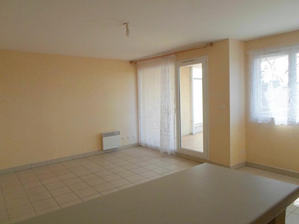 Achat Appartement 2 pièces à Ronchin - vignette-1