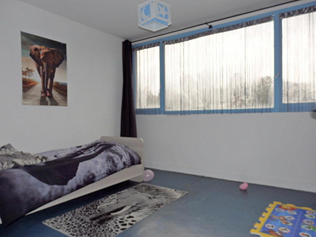 Achat Appartement 4 pièces à Tourcoing - vignette-5