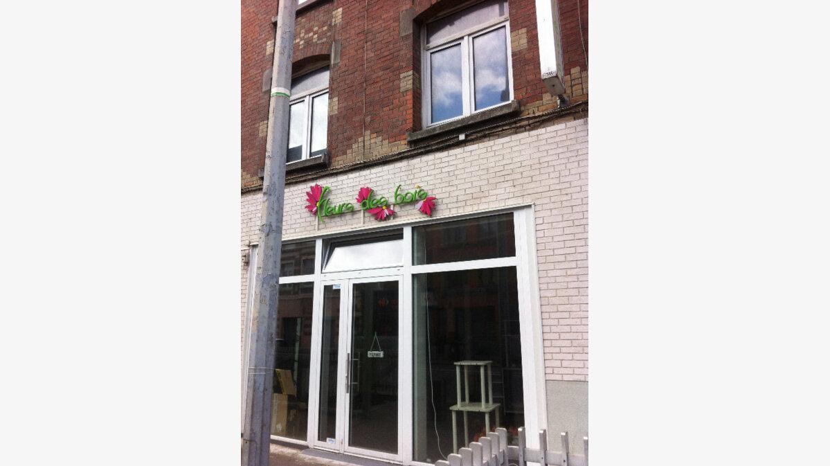 Location Local commercial  à Lille - vignette-1