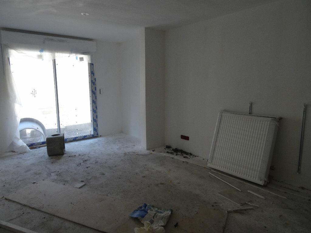 Achat Appartement 2 pièces à Mons-en-Baroeul - vignette-8