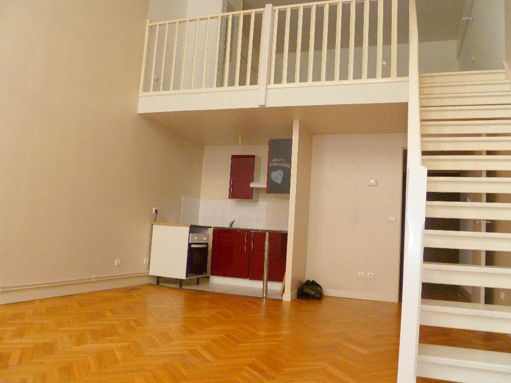 Location Appartement 2 pièces à Tourcoing - vignette-1