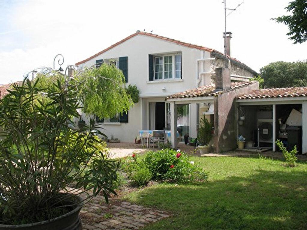 Achat Maison 9 pièces à Mornac-sur-Seudre - vignette-1