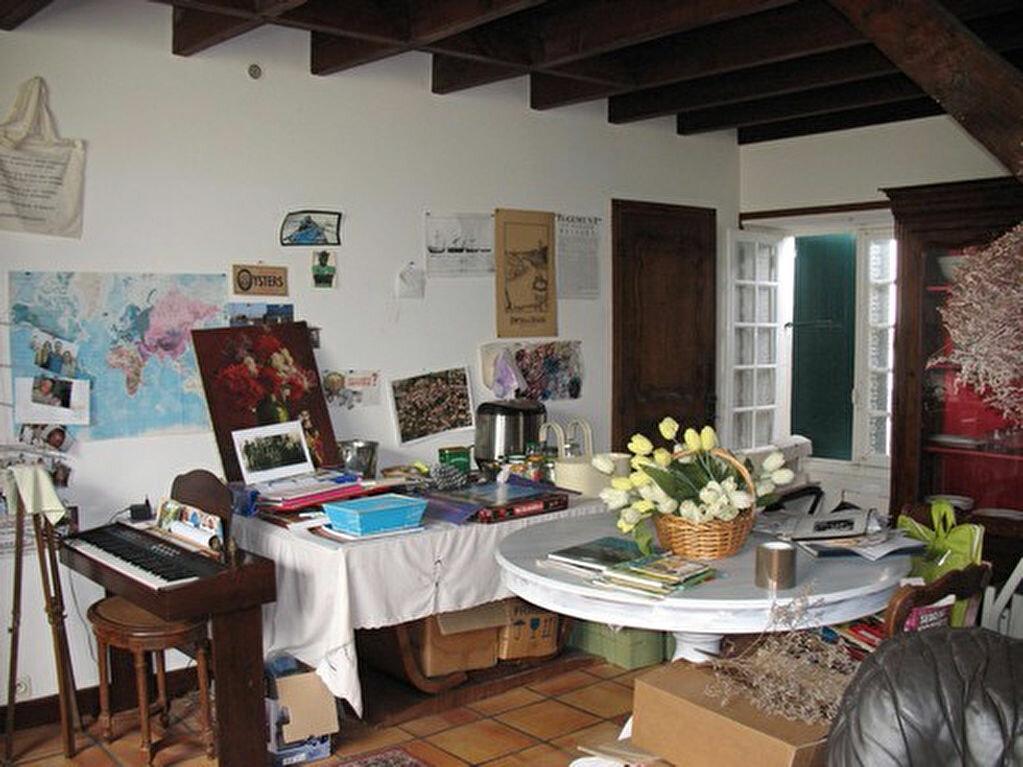 Achat Maison 9 pièces à Mornac-sur-Seudre - vignette-8