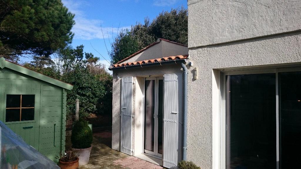 Achat Appartement 3 pièces à Saint-Pierre-d'Oléron - vignette-2