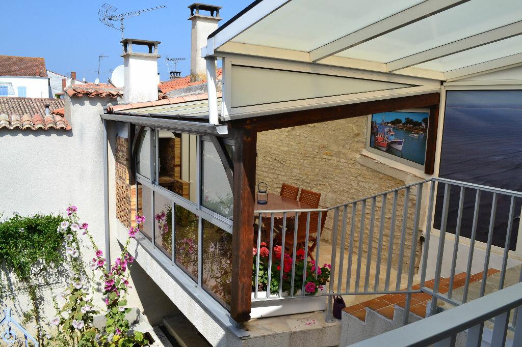 Achat Appartement 4 pièces à Le Château-d'Oléron - vignette-1