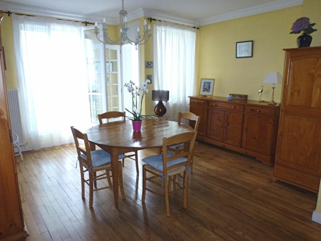Achat Appartement 4 pièces à Royan - vignette-1