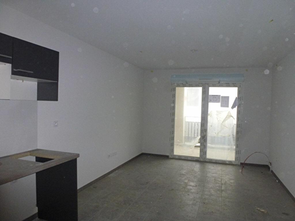 Location Appartement 2 pièces à Royan - vignette-2