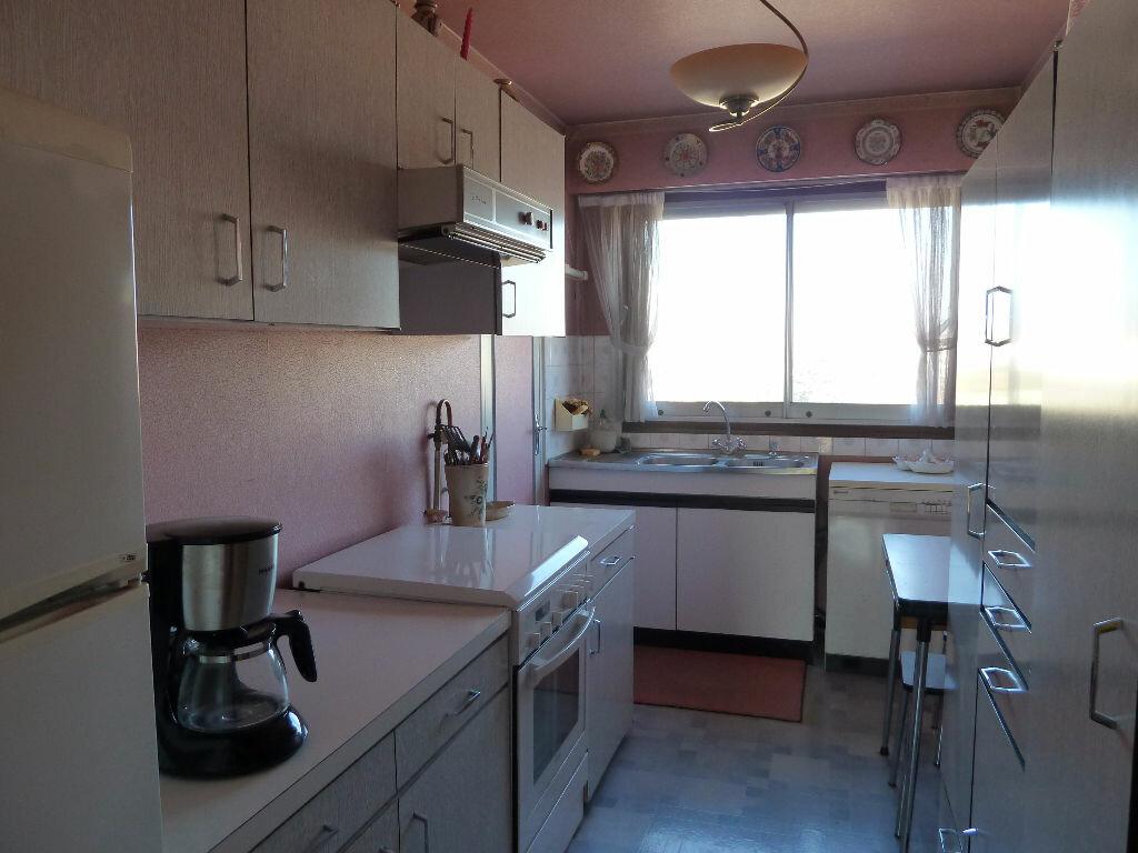 Achat Appartement 5 pièces à Viry-Châtillon - vignette-2