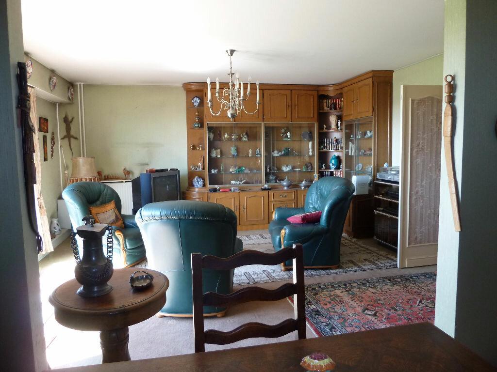 Achat Appartement 5 pièces à Viry-Châtillon - vignette-8