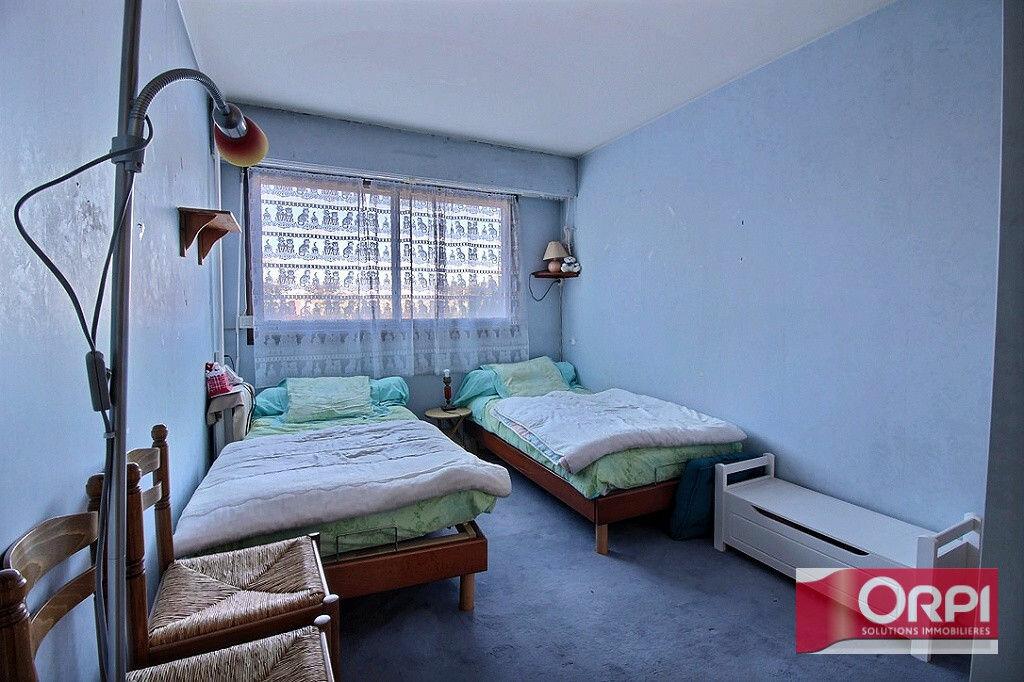 Achat Appartement 4 pièces à Viry-Châtillon - vignette-7