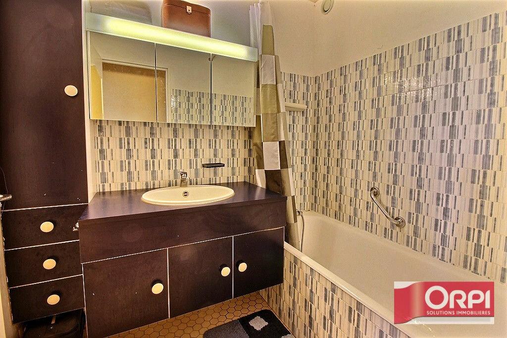 Achat Appartement 4 pièces à Viry-Châtillon - vignette-8