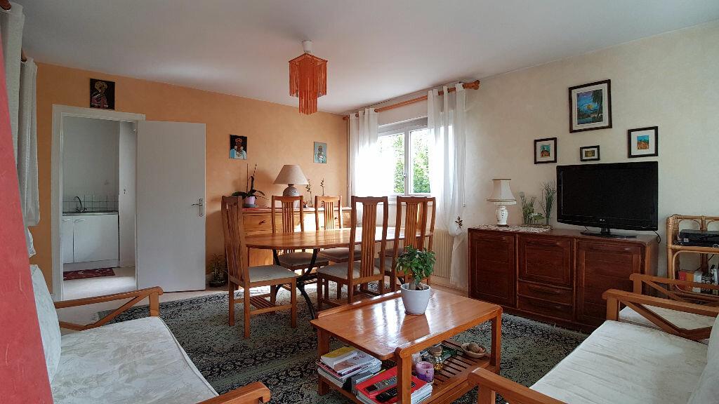 Achat Appartement 5 pièces à Arpajon - vignette-2