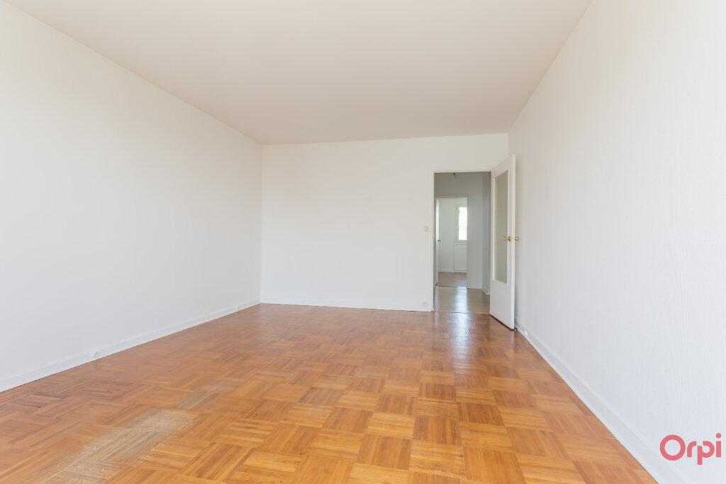 Location Appartement 3 pièces à Brétigny-sur-Orge - vignette-2