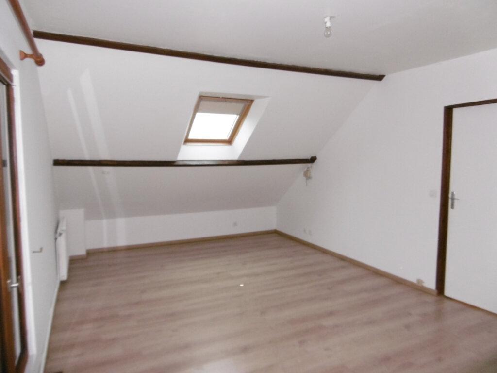 Location Maison 5 pièces à La Ville-du-Bois - vignette-5