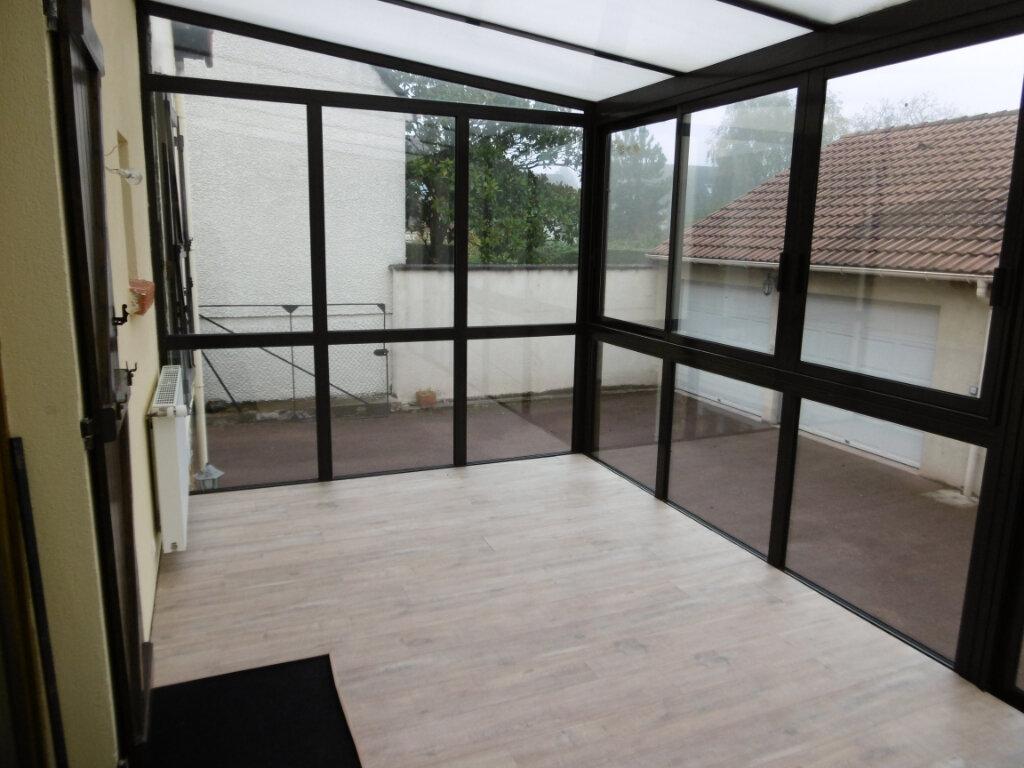Location Maison 5 pièces à La Ville-du-Bois - vignette-6