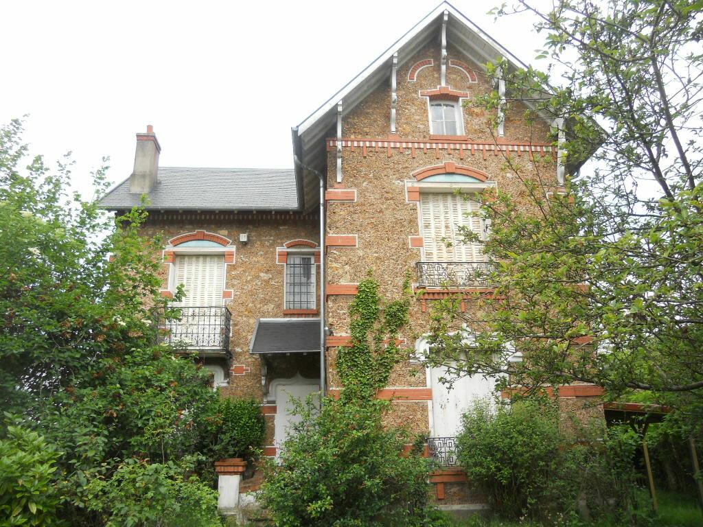 Achat Maison 7 pièces à Sainte-Geneviève-des-Bois - vignette-1