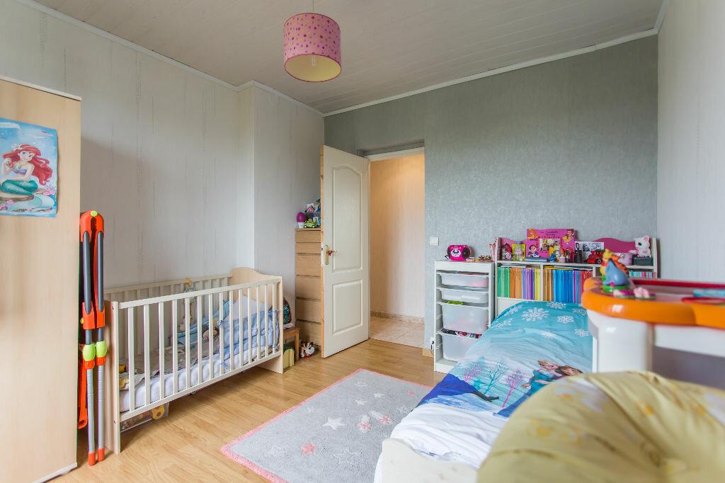 Achat Appartement 4 pièces à Sainte-Geneviève-des-Bois - vignette-7