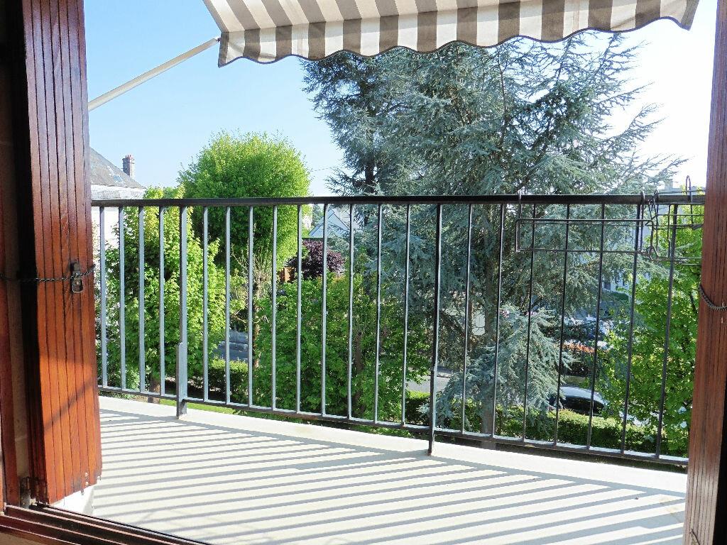 Achat Appartement 4 pièces à Saint-Michel-sur-Orge - vignette-3