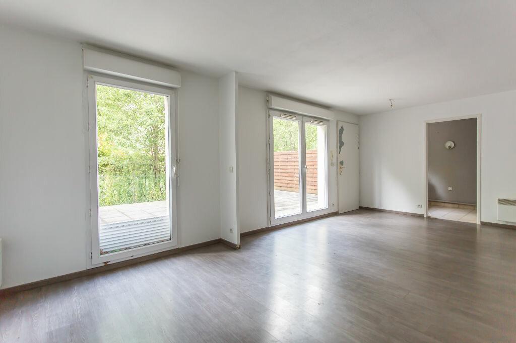 Achat Appartement 4 pièces à Sainte-Geneviève-des-Bois - vignette-5