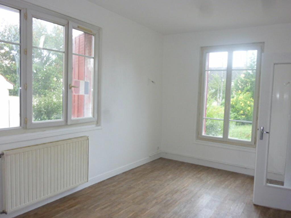 Location Appartement 4 pièces à Villemoisson-sur-Orge - vignette-1