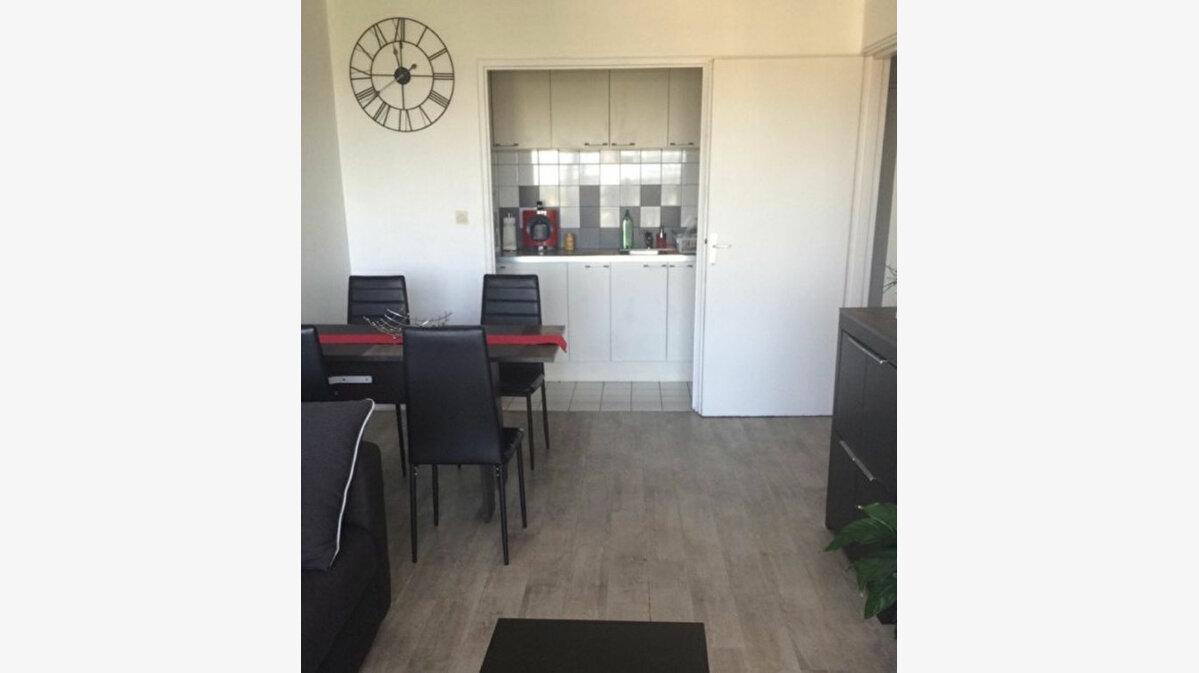 Achat Appartement 2 pièces à Saint-Michel-sur-Orge - vignette-3