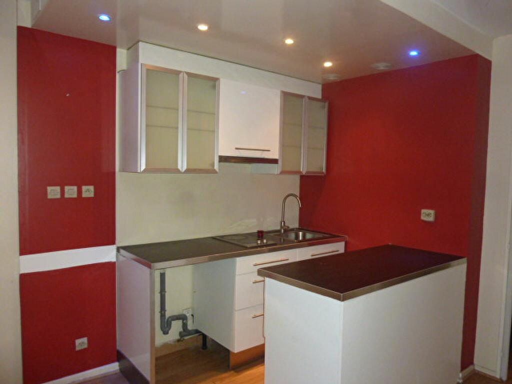 Location Appartement 1 pièce à Épinay-sur-Orge - vignette-2