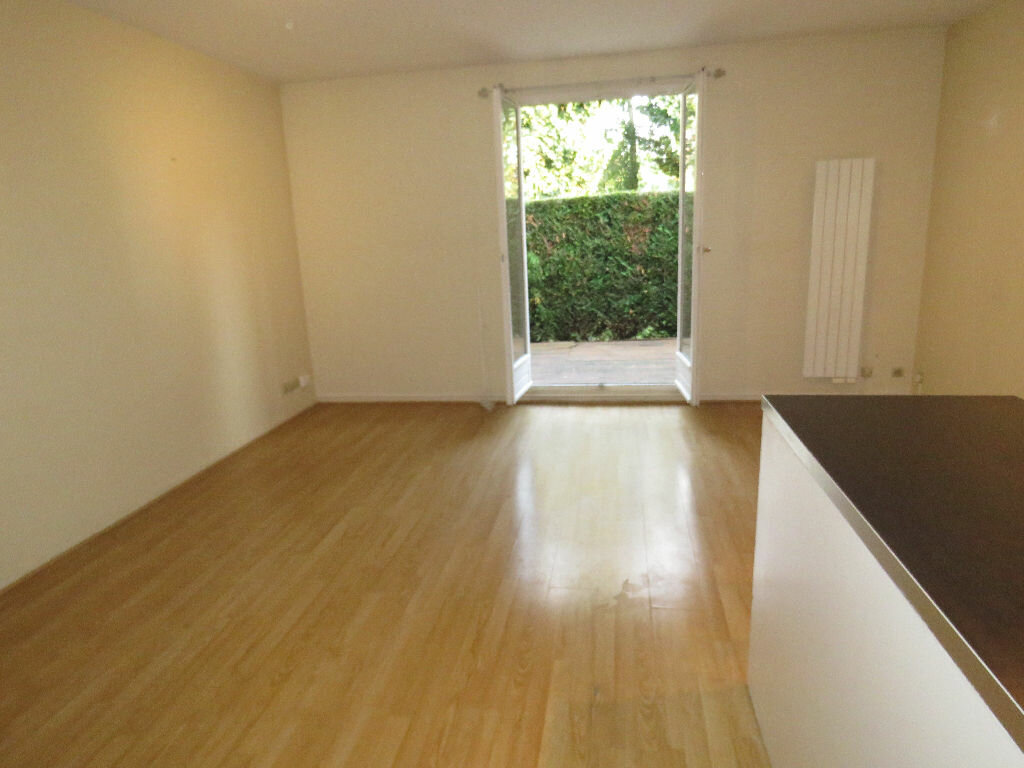 Location Appartement 1 pièce à Épinay-sur-Orge - vignette-3