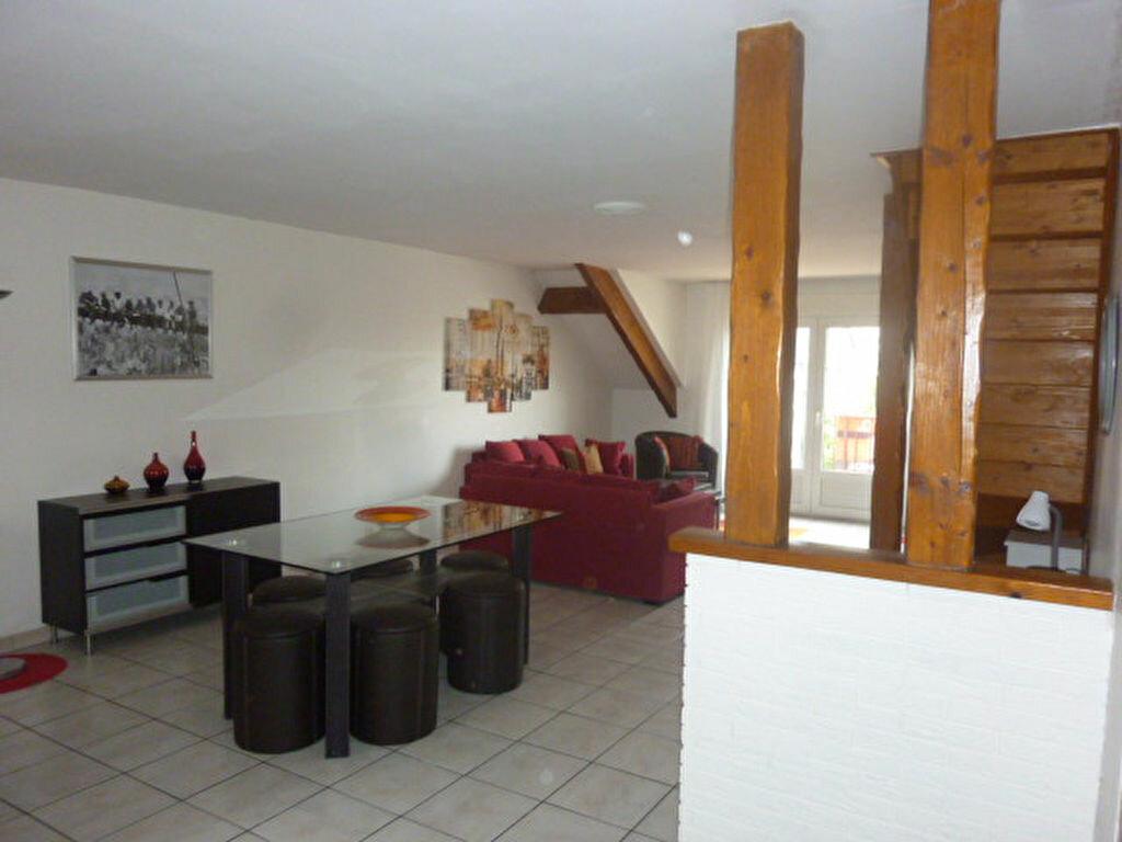 Location Appartement 4 pièces à Sainte-Geneviève-des-Bois - vignette-1