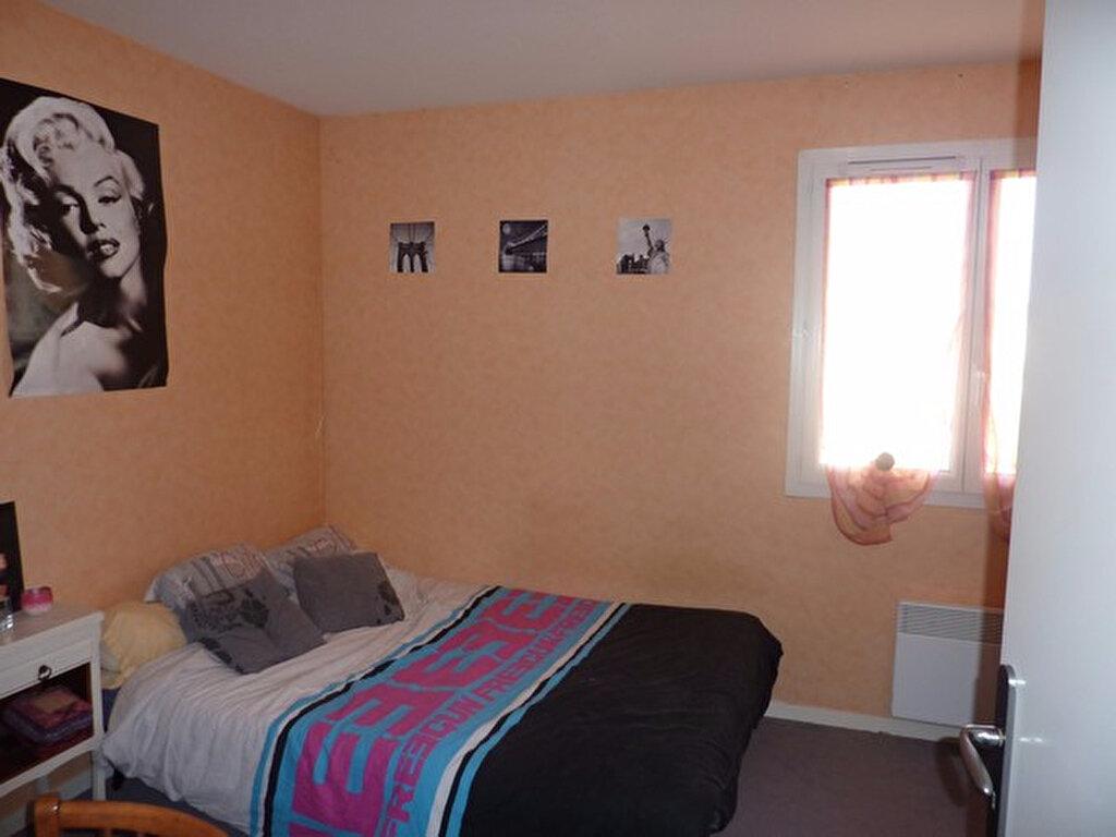 Achat Appartement 3 pièces à Saint-Astier - vignette-5