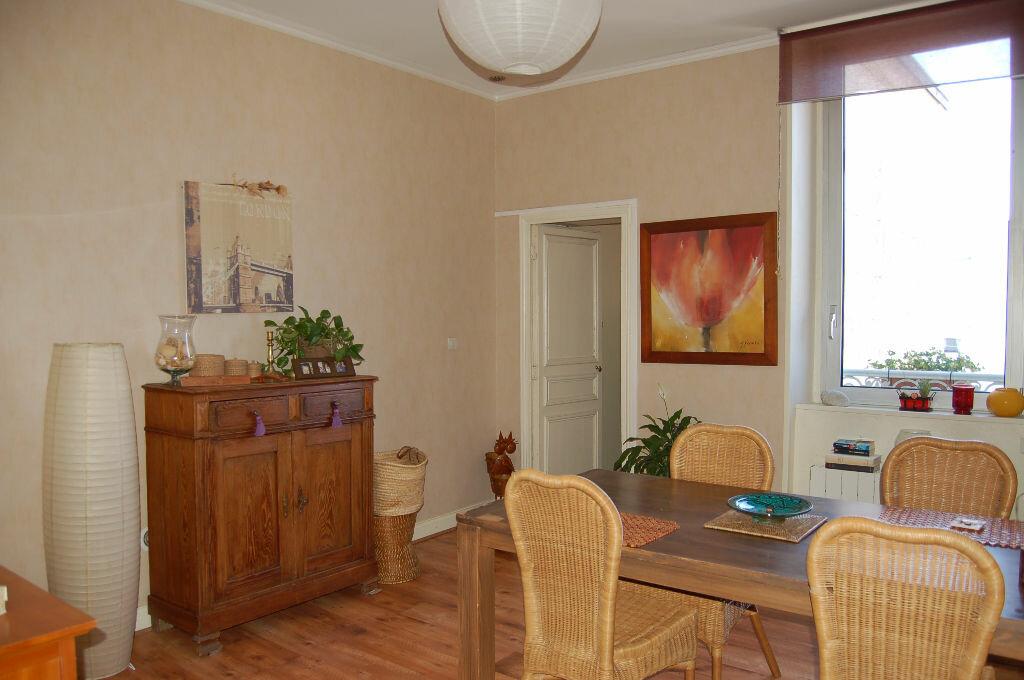 Achat Appartement 4 pièces à Périgueux - vignette-1