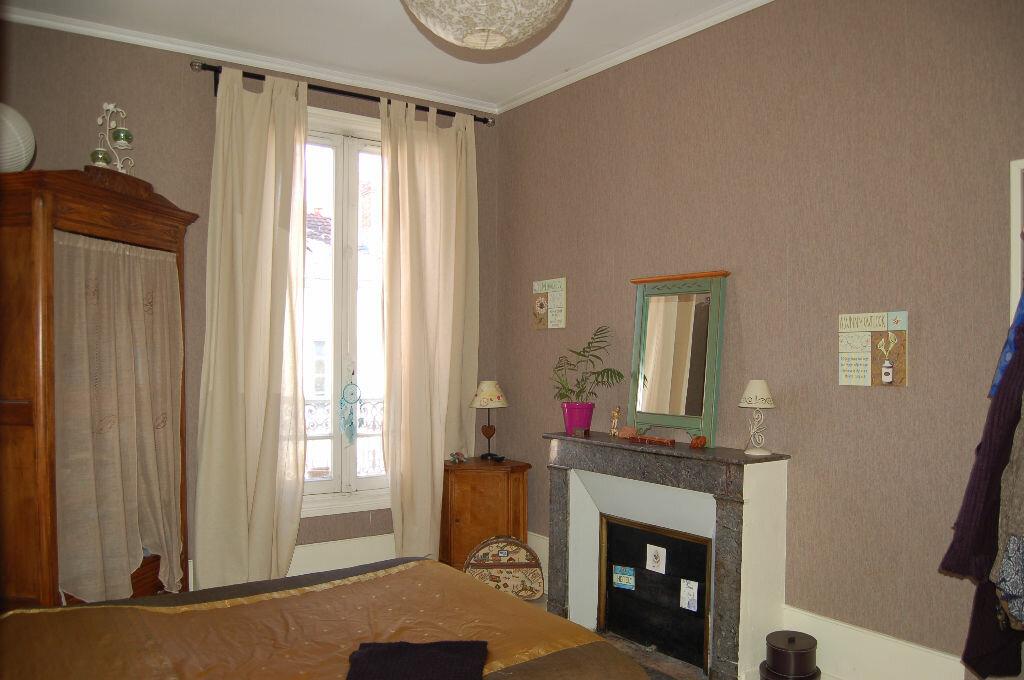 Achat Appartement 4 pièces à Périgueux - vignette-4