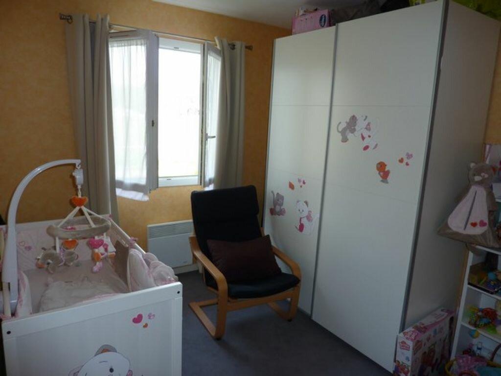 Achat Appartement 3 pièces à Saint-Astier - vignette-3