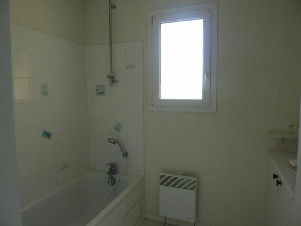 Achat Appartement 3 pièces à Saint-Astier - vignette-6