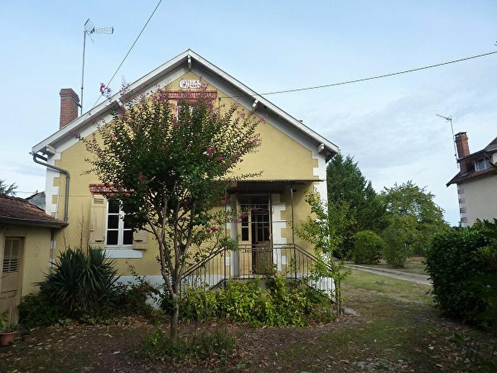 Achat Maison 4 pièces à Annesse-et-Beaulieu - vignette-1